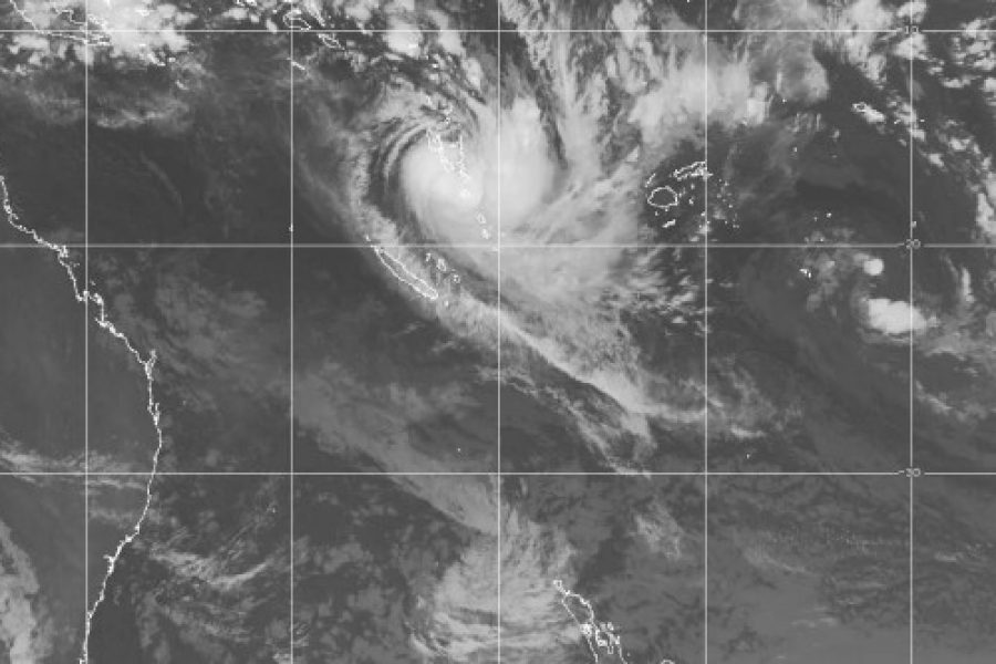 Cyclone Cook vs NZS 1170.2 (NZ wind load standard) (NZBS7)